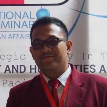 Ali Hakim