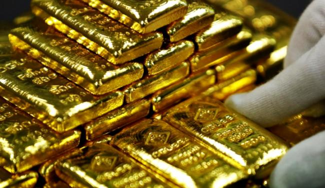 Nahas! Harga Emas Hari Ini Terjun Bebas, Sehari Anjlok Belasan Ribu Rupiah!