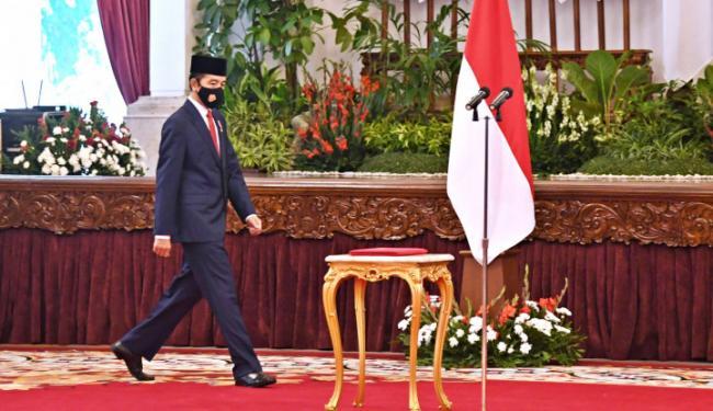 Jokowi Mendadak Telepon Sosok Ini, Kata Fadli Zon Potensi Menteri Kena Pecat!