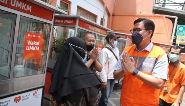 26 Juta UMKM Tumbang Saat Pandemi, Rumah Zakat Salurkan Gerobak Wakaf