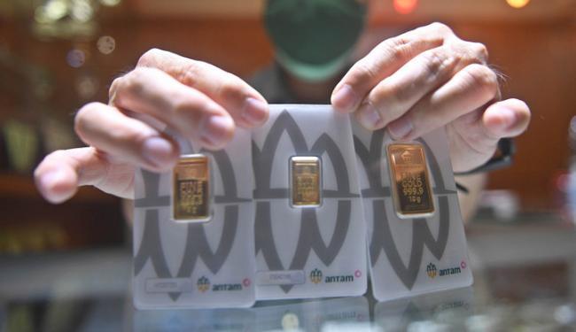 Harga Emas Antam Hari Ini Terpangkas Saat Covid-19 RI Pecah Rekor Bikin Was-Was!